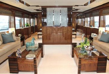 thumbnail photo 0: 2013 Hargrave 125 Raised Pilothouse