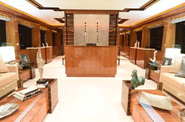 thumbnail photo 2: 2013 Hargrave 125 Raised Pilothouse