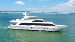 2013 Hargrave 125 Raised Pilothouse