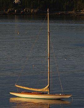 1925 Herreshoff R boat