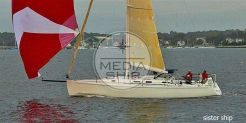 2003 J Boats J 133