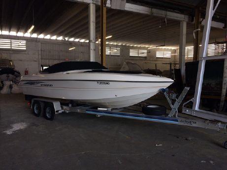 2005 Stingray 230 LX