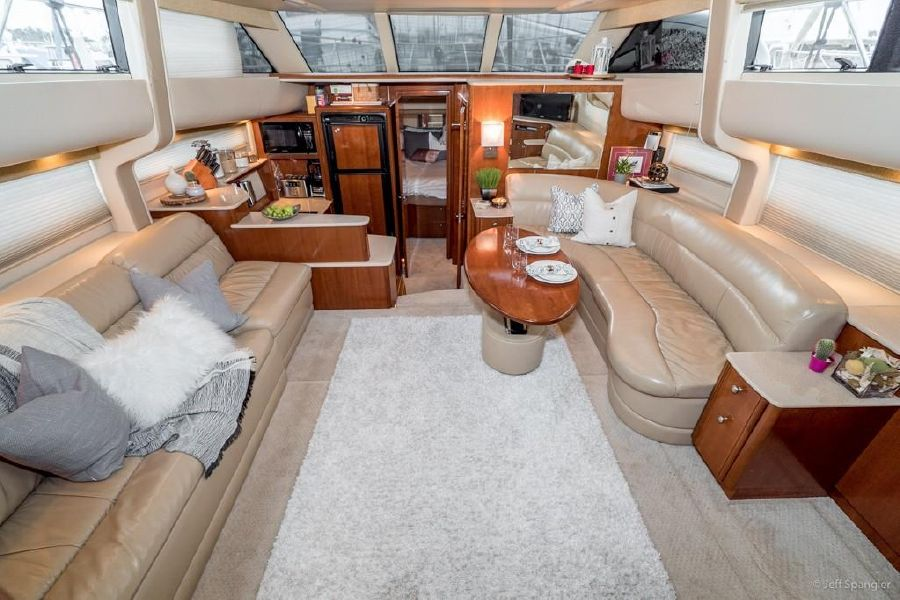 Meridian 459 yacht for sale in San Diego