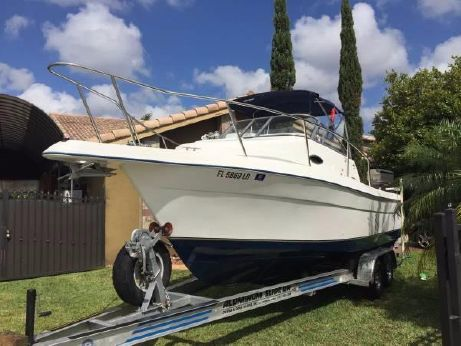 2000 Cobia 260 Walk Around