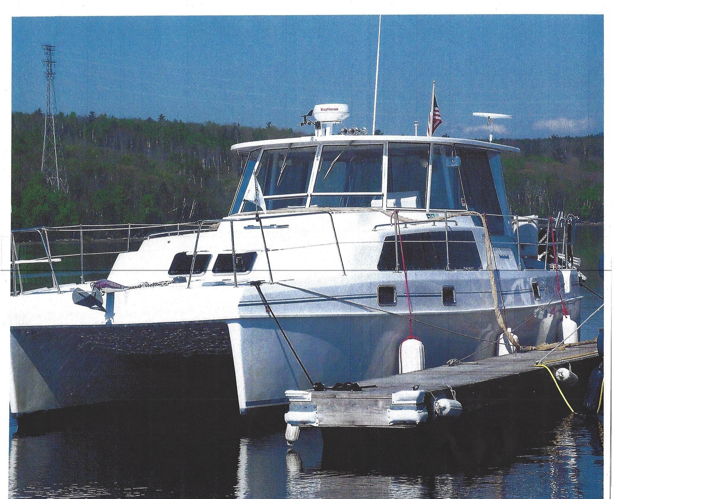 2001 Endeavour POWER CATAMARAN Power Boat For Sale - www ...  2001 Endeavour ...