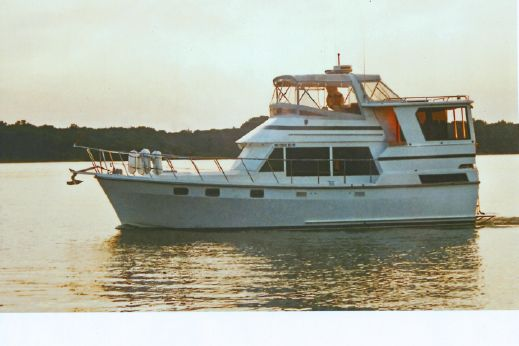 1987 Heritage East 40 Motor Yacht