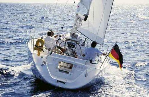 2005 Bavaria 38