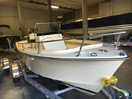 2017 Rossiter 17 CENTER CONSOLE