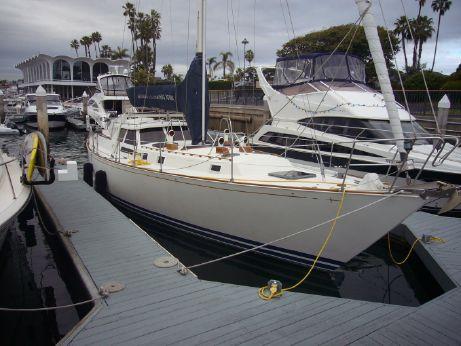 1981 C&C Yachts Landfall
