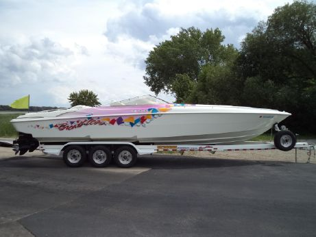 1999 Wellcraft 33 SCARAB