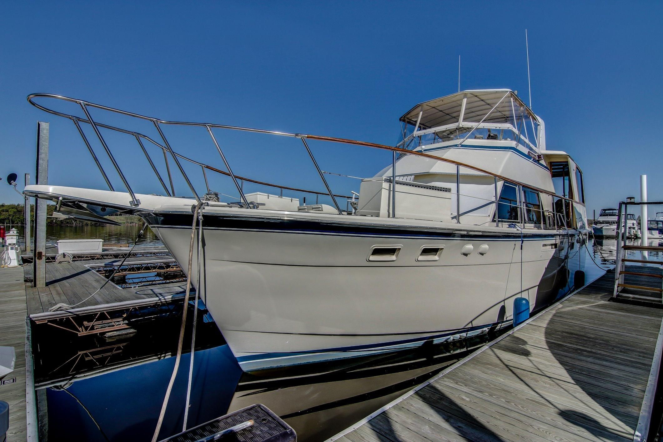 1981 hatteras motor yacht motore barca in vendita www for Metro motor sales minneapolis mn