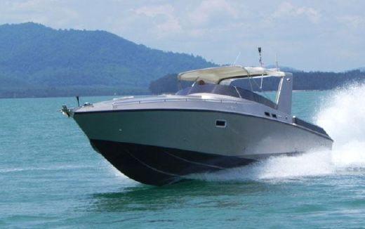 2004 Custom Offshore Power Cruiser 46