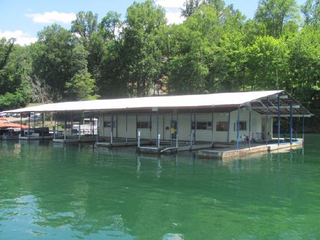 1990 30 X 60 Floating House Under 60 x 100 Cover
