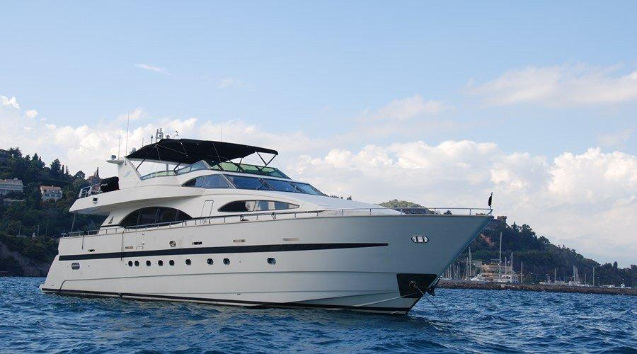 1999 azimut 100 jumbo power boat for sale