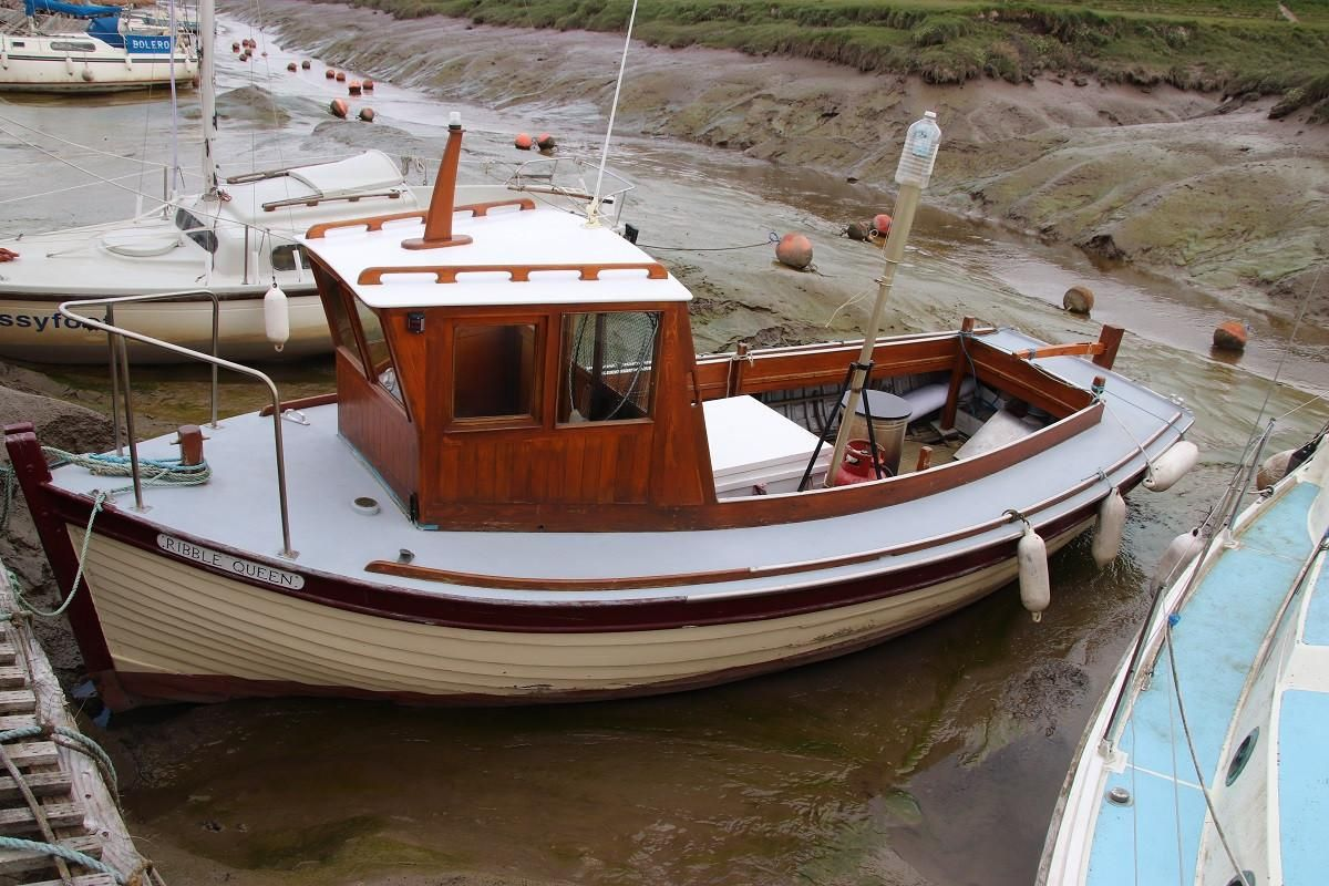 1965 Classic Wooden Fishing Boat Power New and Used Boats ...