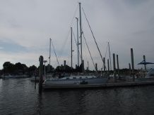 1982 Hunter 36 Sloop