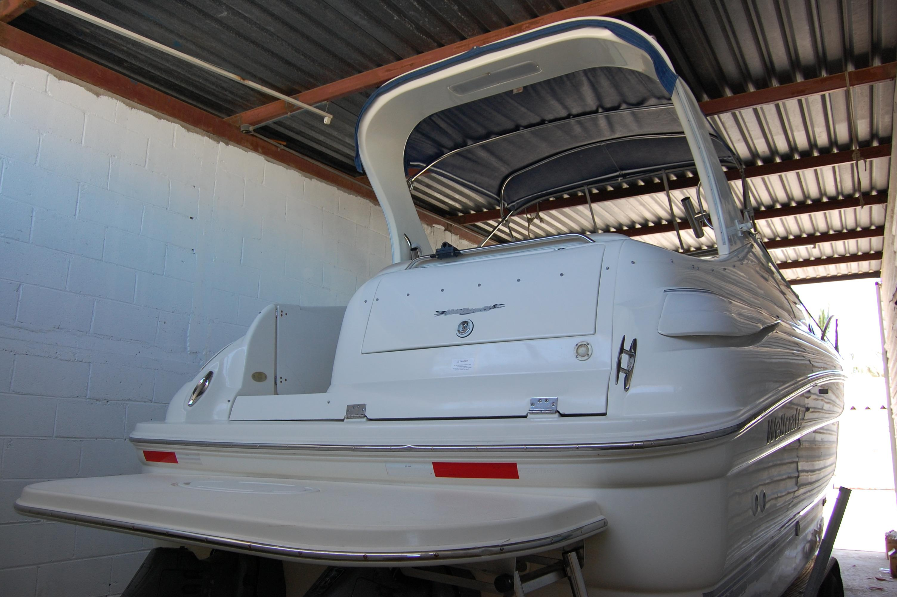 28' Wellcraft Martinique w/Trailer+To engine compartment