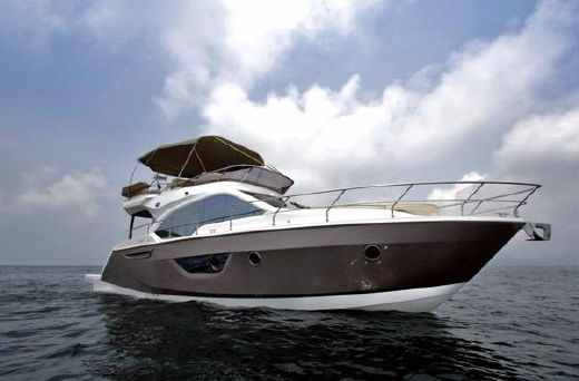 2013 Sessa Flybridge