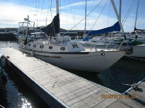 1990 Pacific Seacraft Crealock 34