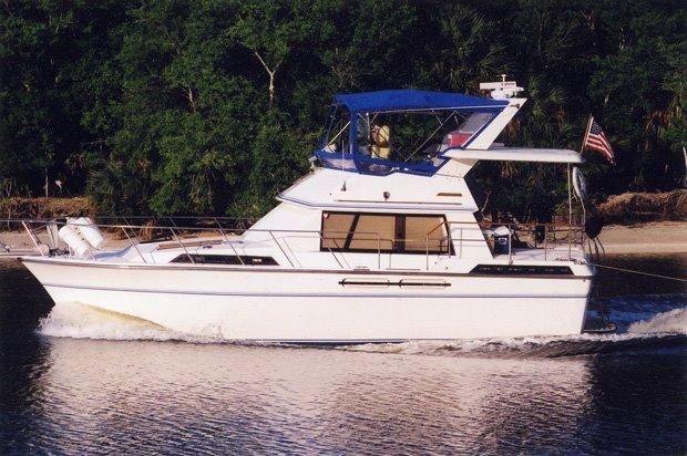 1986 president sundeck double cabin power boat for sale for Garden design trawler boat