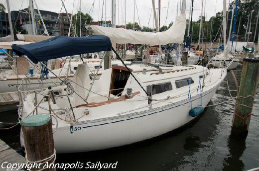 1983 Islander Yachts Bahama 30
