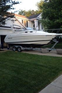 2000 Wellcraft 2400 Martinique