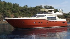 2009 Ferretti Yachts Altura 690