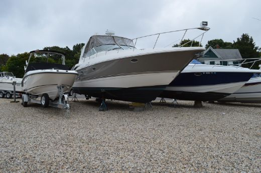 2006 Cruisers Yachts 370 Express- DIESEL