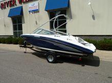 2012 Yamaha Boats AR 190