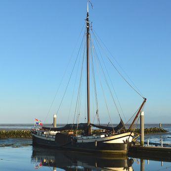 1898 Clipper dutch barge