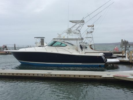 2003 Tiara 38 Open - Blue Hull