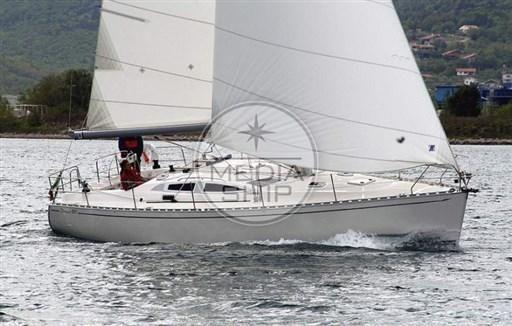 2004 Delphia Yachts DELPHIA 40