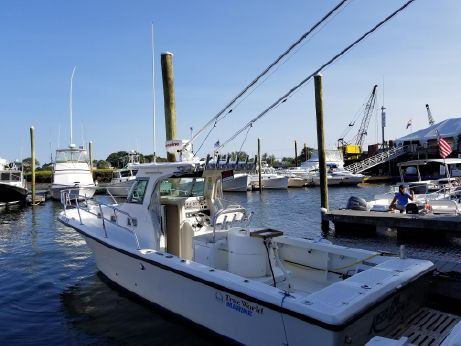 2003 True World Marine TE288