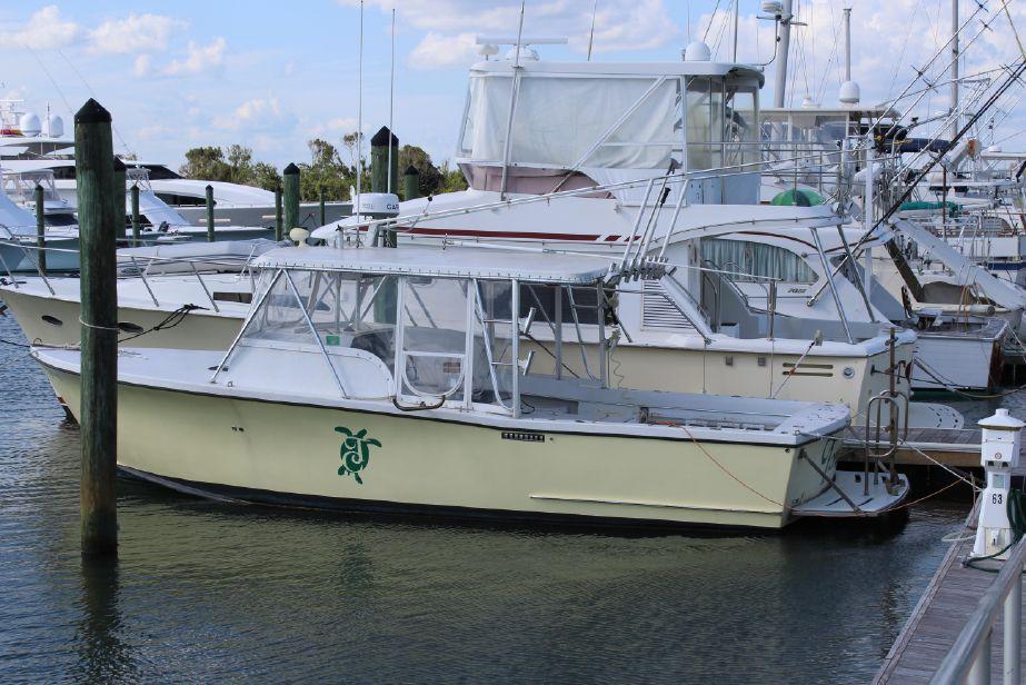 2005 egg harbor custom dive