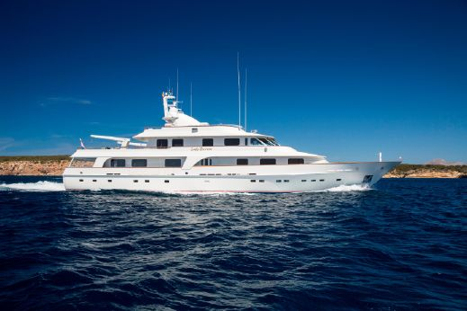 2000 Hakvoort Displacement Motor Yacht