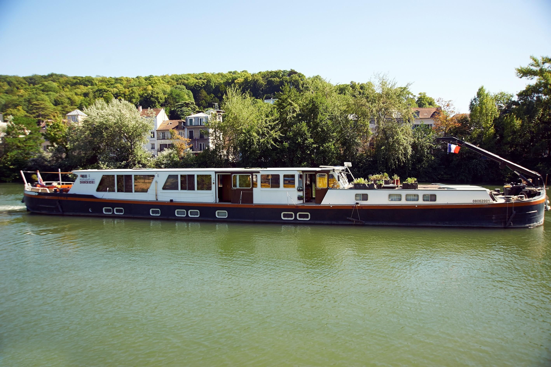 1960 woonschip peniche b b hotel moteur bateau vendre for Moteur hotel