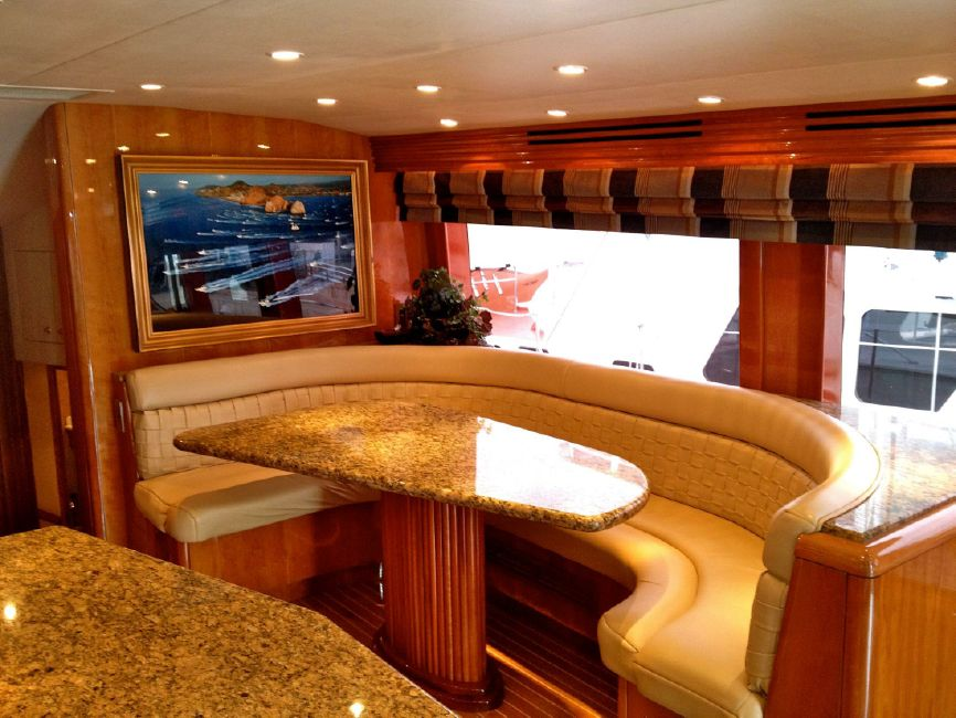 65 Hatteras Galley Dinette