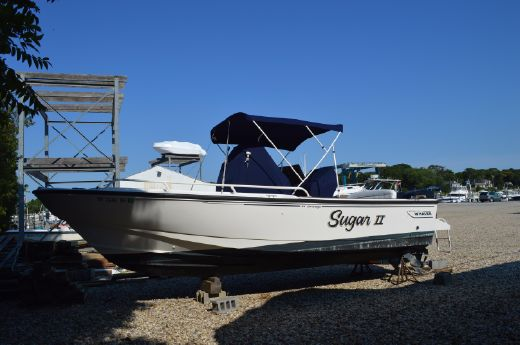 1998 Boston Whaler 240 Outrage