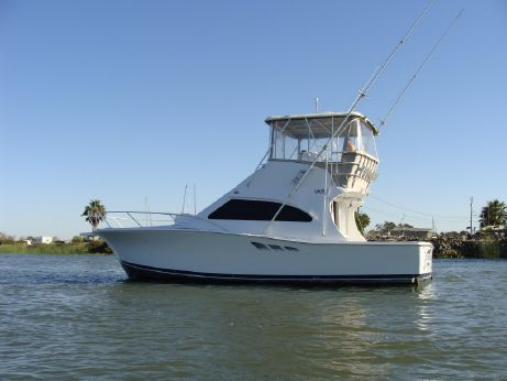 1999 Luhrs 36 Convertible