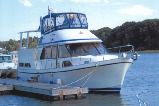 1987 Golden Star 38 Sundeck Trawler w 900 HRS