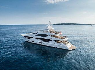 thumbnail photo 1: 2016 Sunseeker 131 Yacht