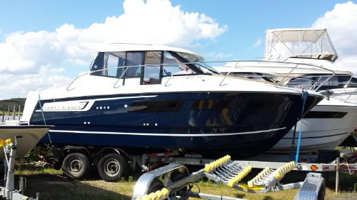 2016 Jeanneau Merry Fisher 855 Offshore