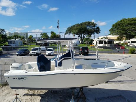 2003 Sea Boss 210 Center Console