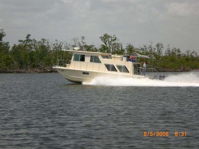 36 ft 1987 holiday mansion houseboat