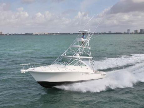 2013 Cabo 36 Express (Demo Boat)