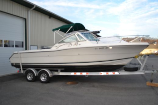 1998 Pursuit 2460 Denali