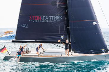 2017 B-Yachts Brenta 42dc