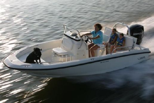 2012 Boston Whaler 180 Dauntless