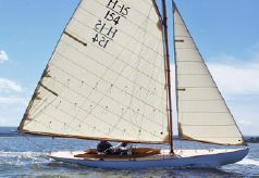 2014 Herreshoff Buzzards Bay 15