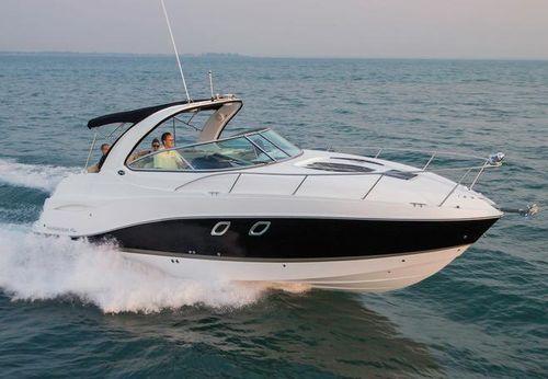 2015 Rinker 310 Express Cruiser